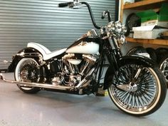 Nice bike but little too much Chrome for me Harley Fatboy, Old Motorcycles, Its A Mans World, Custom Harleys, Motorcycle Design, Harley Davidson Bikes, Cool Bikes, Motorbikes, Cool Cars