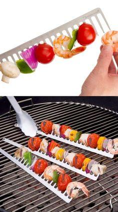 Eu, particularmente, não gosto muito de carne, por isso adorei essa ideia. Vejam que delíciaesse churrasco feito com legumes,tomatinho cereja,...