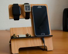 Personalizated Wooden iPhone docking station, Thing organizer, Accessories organizer, Bestseller Gift for him