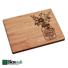 Personalized Cutting Board (Mason Jar with Flowers Design)