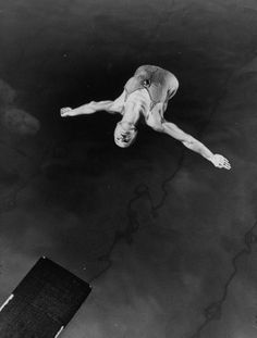 Diving.  Helen Crlenkovich, American National Champion, performing in Argentina.  Location:	Argentina  Date taken:	1940  Photographer:	Gjon Mili  Size:	971 x 1280 pixels (13.5 x 17.8 inches)