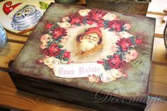 Santa Claus wooden box with #decoupage and #shabby chic