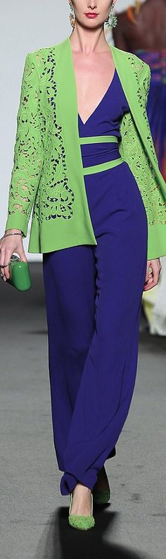 Take my dress this color and punch it up with the lime green accents. K