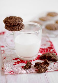 Olivera's healthy cookies Healthy Cookies, Healthy Treats, Just Bake, Coffee Time, Mouth Watering Food, Cookie Jars, Milkshake, Glass Of Milk, Cooking Tips
