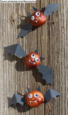 Chauves souris avec des marrons et des ailes en papier cartonné (découper une petite incision dans le marron pour fixer les ailes). www.toutpetitrien.ch/bricos/ - fleurysylvie