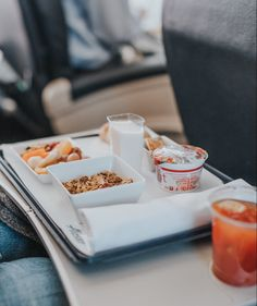 What's safe to eat on an airplane? What will taste good? Or at least okay-ish? Here's the rundown on the best airplane food, by airline. Food Policy, Oatmeal Cups, Mixed Nuts, Food Waste, Food Industry, Tapas, Snacks, Dishes, Viajes