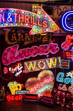 This is neon heaven! So many different neon signs in so many colors!