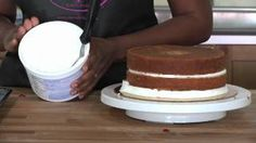 How to Apply Icing on Cake