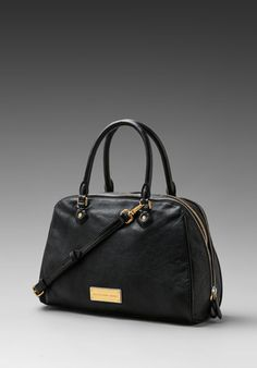 MARC BY MARC JACOBS Washed Up Lauren Bag in Black - Satchels