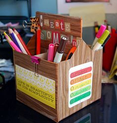 Pen/supply holder from drink carton... I'm so using the next cream soda or root beer box! :)