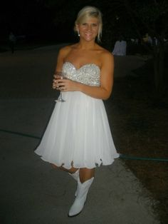 Country Wedding Dresses with Boots   Her bridesmaids also wore cowboy boots to the reception. Such a cute ...