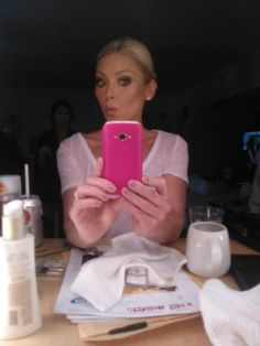 Almost ready! It's time to put on the dress!! LIVE! with Kelly After Oscar Show