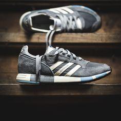 Nike Waffle Racer, Adidas Vintage, Vintage Sneakers, Nike Converse, Adidas Shoes, Boston Marathon, Prince Shoes, Adidas Originals, Me Too Shoes