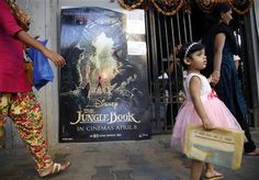 """Clasificación a """"El libro de la selva"""" es criticada en India - http://a.tunx.co/Ge57S"""