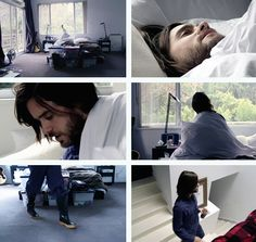 This is how Jared Leto wakes up
