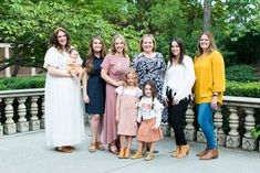 Utah Family Photographer - I've know the Bawden Family for many, many years. Extended Family Pictures, Family Pictures What To Wear, Family Photo Outfits, Family Photo Sessions, Extended Family Photography, Garden Park, Complimentary Colors, Bridesmaid Dresses, Wedding Dresses