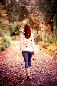 (family photos inspiration) Autumn Leaves Fall Down On Me (explore) by Sasha Bell, via Flickr
