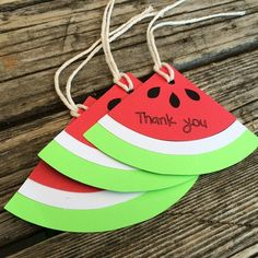 Watermelon party favor tags. Will go great with a luau  summer or beach party! #etsy #etsyshop #etsyseller #papergoods #blueoakcreations #gifttags #favortags #watermelon #summer #crafts #craftymomma See More Goodies at: www.blueoakcreations.com