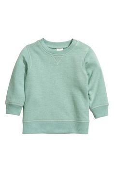 Camisola sweat: CONSCIOUS. Sweatshirt em algodão orgânico macio com botão de pressão num ombro (tam 80-92 sem botão). Interior cardado macio.