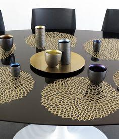 Amazon.com: Chilewich Pressed Dahila Table Mat Brass 100142 006: Home & Kitchen