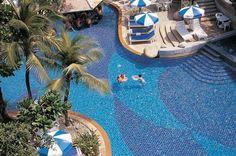 The Royal Paradise Hotel & Spa, 135/23, 123/15-16 Rat-u-thit 200 pee Rd, Kathu, TH 83150.  34% off (Dec 2012).  $85.60 average per night.