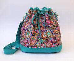 Resultado de imagem para bolsas com aplicaçao em tecido cru desenhos do momento com chita