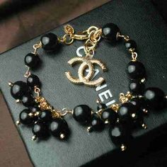 Chanel black pearl bracelet - by Cris Figueired♥