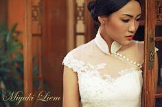 Make Your Wedding Memorable Cheongsam Modern, Cheongsam Wedding, Cheongsam Dress, Ethnic Wedding, Dressing, Ao Dai, Bridal, Couture, Mannequins