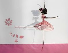 danseuse fil de fer robe rose : Accessoires de maison par atout-haz-art