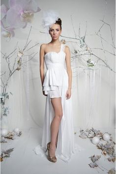 Sexy  Een schouder Bruidsjurk Milita Nikonorov Celine The Secret Garden