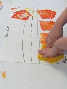 Making our own maps in preschool Transportation Theme Preschool, Preschool Themes, Preschool Crafts, Teach Preschool, Map Skills, Creative Curriculum, Classroom Crafts, Beginning Of School, Toddler Crafts