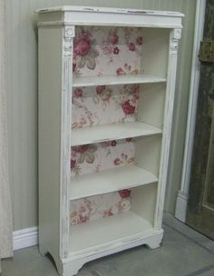 GrandmaLove the vintage bookshelf makeover for shabby chic bedroom decor @istandarddesign