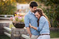 Cute Couple Photo #engagements #holidaycards