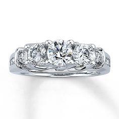 Three-Stone Diamond Ring 1 3/4 ct Round-cut 14K White Gold