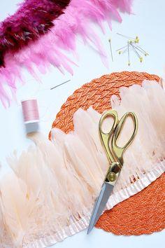 Juju Hat DIY … Diy Deco Rangement, Felt Glue, Sewing Crafts, Diy Crafts, Juju Hat, Kids Christmas Ornaments, Deco Boheme, Diy Hat, Beautiful Mess