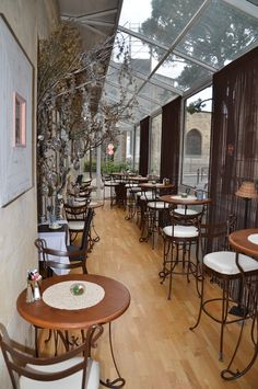 Tips for Spending a Weekend in Charming Avignon, France, including where to eat.