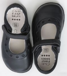 Clarks Mary Jane Black Leather First Shoes 7 W New #ClarksFirstShoes #MaryJanes