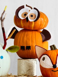 Decorate Your Halloween Pumpkins | OWL PUMPKIN | Trick-or-treaters will get a real hoot out of this wide-eyed bird. © Jennifer Causey