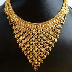 Gold Plated Necklaces in Howrah West Bengal India - Manufacturer & Exporters of Gold Plated Necklaces offered by Gems_and_joys, Howrah, India Gold Chain Design, Gold Jewellery Design, Designer Jewellery, Gold Plated Necklace, Gold Necklaces, Gold Jewelry Simple, West Bengal, Rajputi Jewellery, Gems