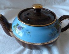 Vintage One Cup Sadler Decorated Brown Betty Teapot. 8 Ounce Teapot