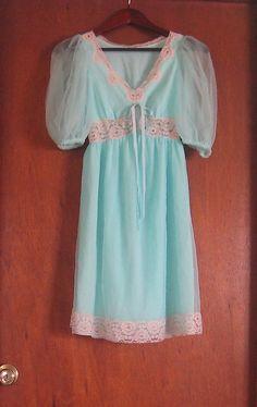 Vintage 60s Mistee Pastel Blue Floaty by PinkCheetahVintage