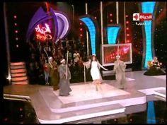 الحياة حلوة - الراقصة دينا تقتحم المسرح برقصة إستعراضية مبهرة....ودلع دي...