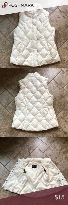 White bubble vest Eddie Bauer bubble vest. Only worn a few times! Good quality Eddie Bauer Jackets & Coats Vests