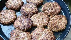 Hjemmelagde Karbonader | Gladkokken Norwegian Food, Cloud Bread, Tapas, Nom Nom, Food And Drink, Yummy Food, Favorite Recipes, Lunch, Snacks