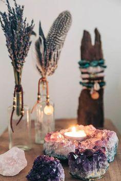 31 idées de décoration avec des cristaux et des pierres pour ajouter une touche de glamour  #ajouter #cristaux #decoration #idees #pierres #touche