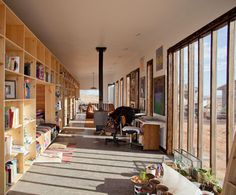 A house in the Utah desert for an impoverished Navajo woman by architecture students from the University of Colorado. Interior Architecture, Interior Design, Interior Walls, University Of Colorado, Micro House, Tiny House Design, House Made, Cabana, Decoration