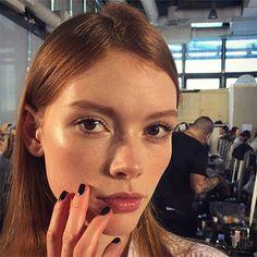 Nina Ricci Fall 2015 Makeup