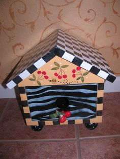 Birdhouse / Pull out Drawer by bubee on Etsy