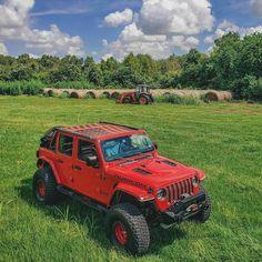 2010 Jeep Commander, Tactical Truck, Jeep Jl, Jeep Wranglers, Jeep Gladiator, Gladiators, Jeep Life, Vroom Vroom, Offroad