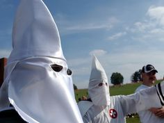 Kkk Today | Members of the Knights of the Ku Klux Klan participate in a neo-Nazi ...